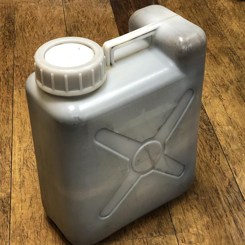 廃液用ポリタンク